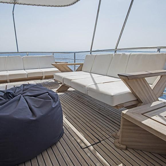 confection de coussins d'un bateau